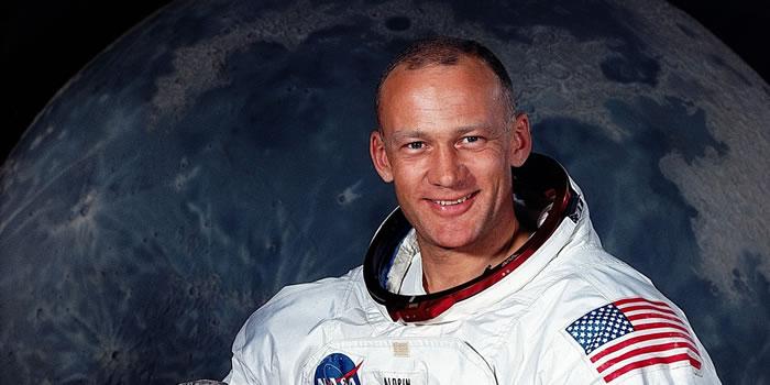 美国阿波罗11号登月任务宇航员奥尔德林称看见UFO飞向月球 最新测谎技术断定属实