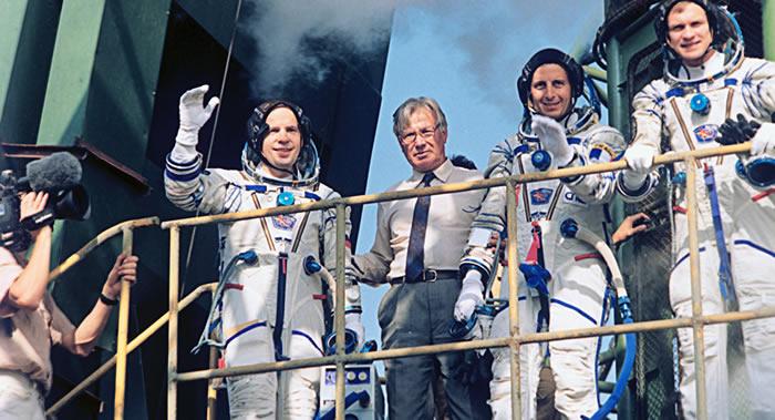 俄罗斯英雄宇航员谢尔盖.阿夫杰耶夫:我们必须绝处逢生