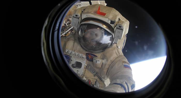俄罗斯国家航天集团建议把每期考察组在国际空间站的停留时间延长到200天