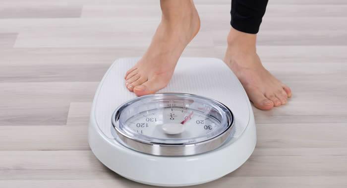 《阿尔茨海默病杂志》:体重过轻可能会导致痴呆