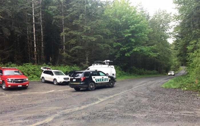 美国华盛顿州西雅图2名单车手误闯美洲狮地盘惨遭袭击 造成1死1伤