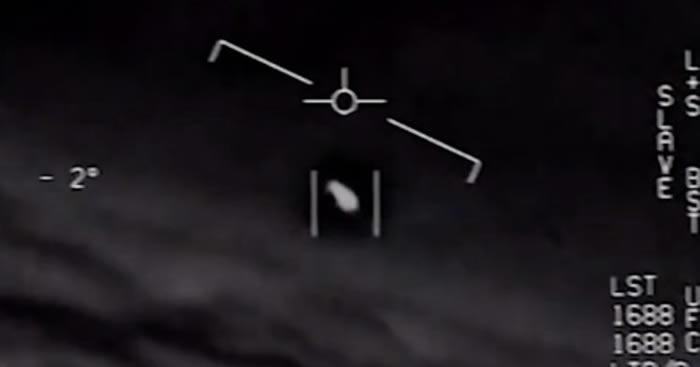 """美国五角大楼泄漏的报告透更多细节:UFO曾""""跟踪""""尼米兹号航母战斗群数天"""