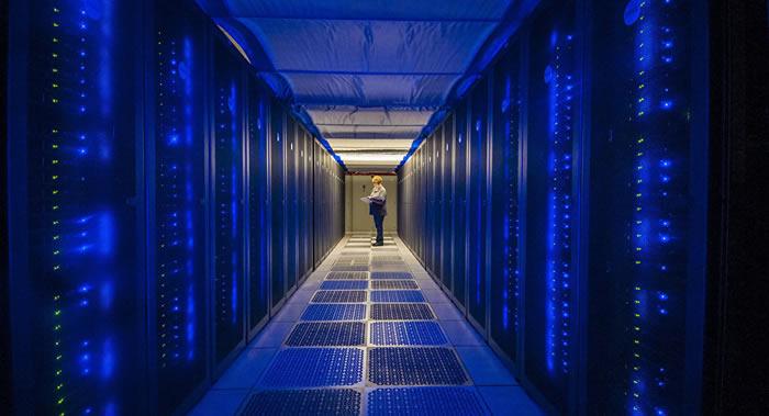 《麻省理工科技评论》:美国工程师研制出世界最强超级计算机