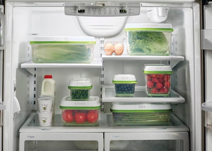入厨时保持良好的卫生习惯,可防止细菌滋生。