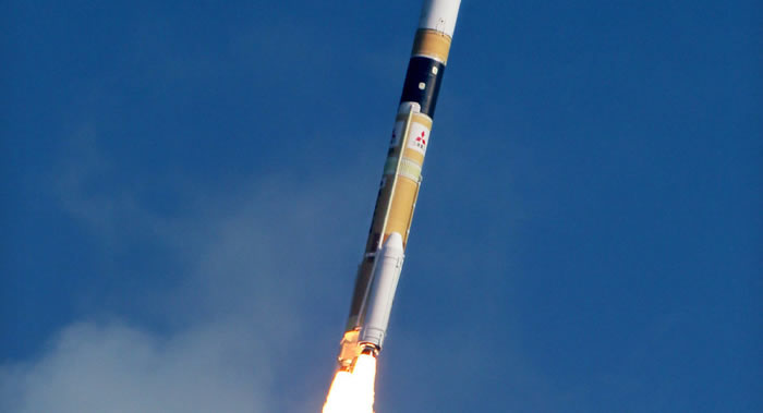 日本成功发射搭载新侦察卫星的Н2-А运载火箭