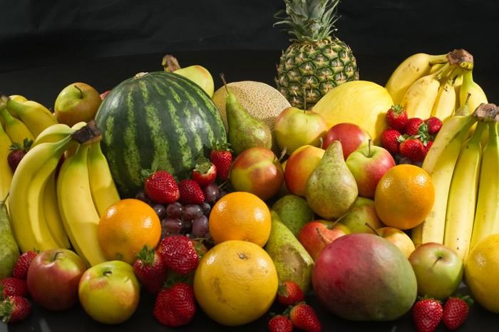 斯佩克特教授称吃水果亦要注意健康。