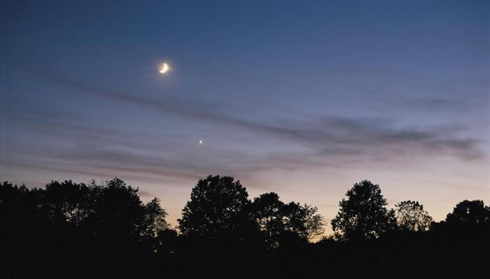 2018年7月16日金星合月