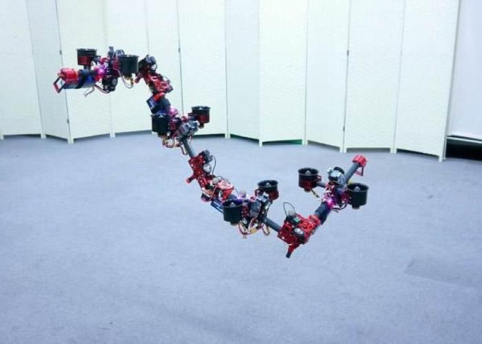 东京大学研究团队研发出飞龙机器人。
