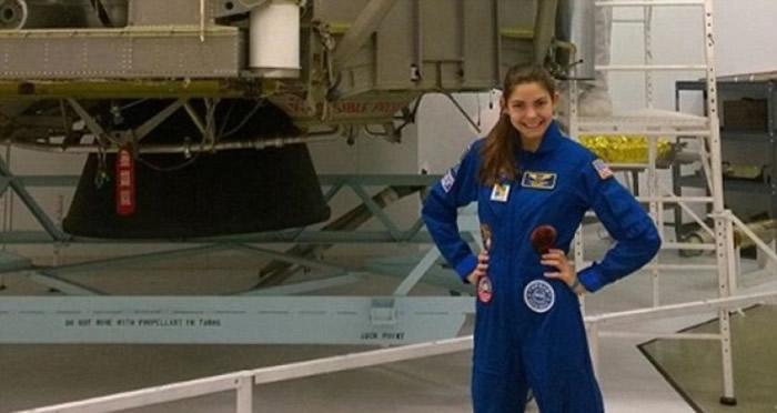 卡森曾参加NASA的小太空人计划。