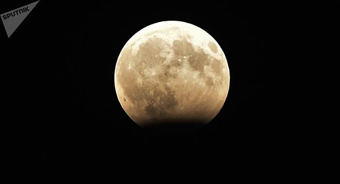 俄罗斯将向中国展示创建月球站项目构想