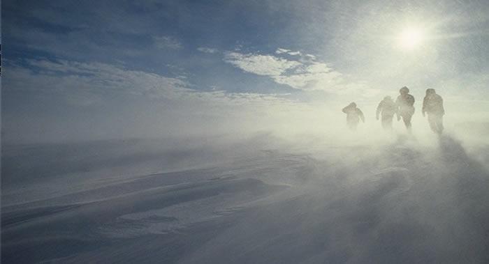 """欧洲""""哨兵-5P""""(Sentinel-5P)卫星监测数据显示南极上空的臭氧空洞消失"""