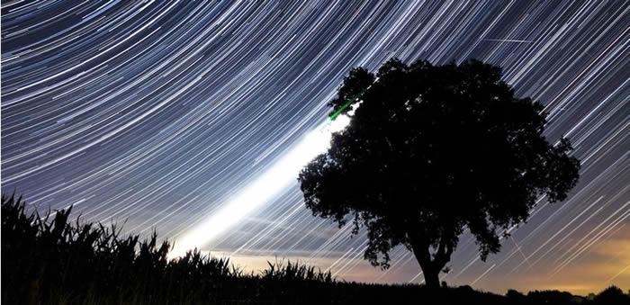 2018年8月份天文现象概况:英仙座流星雨降临
