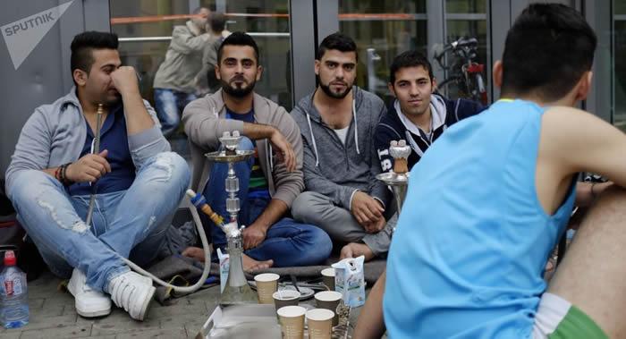 美国加利福尼亚大学研究发现:吸水烟与吸传统香烟对身体的危害是一样的