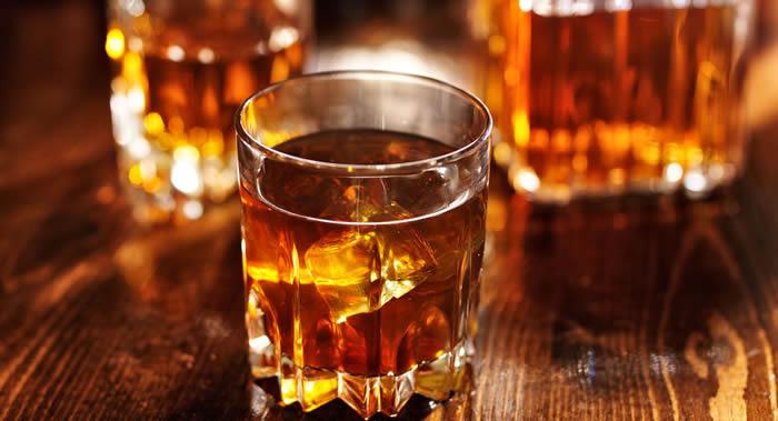 研究发现完全戒酒的人患痴呆症风险显著增加