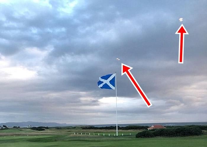 美国总统特朗普位于英国苏格兰艾尔郡的高尔夫球场惊现4个不明飞行物体(UFO)?