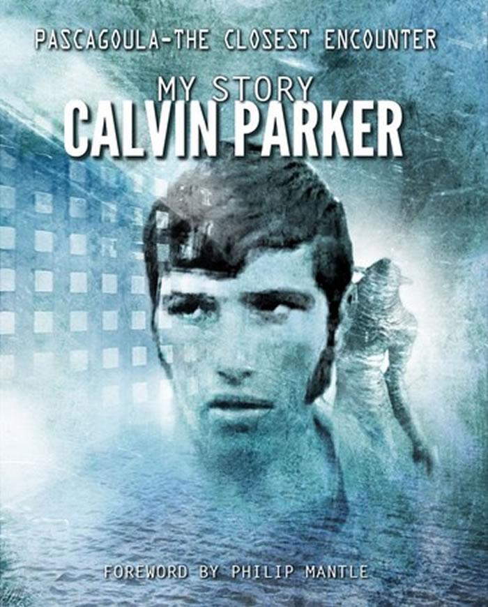 帕克在新书《帕斯卡古拉–最近距离的接触,我的故事》中,详细写到被外星人绑架的经过。