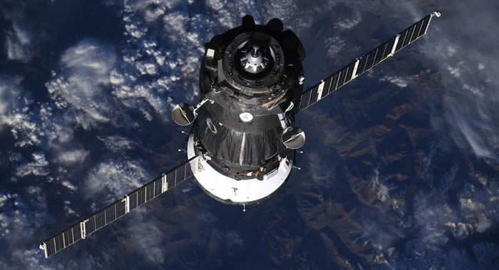 """俄罗斯航天集团总裁拒绝评论有关""""联盟MS-09""""飞船上钻孔是美国宇航员所为的消息"""