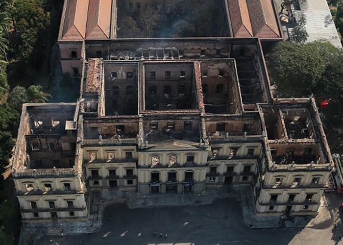 大火过后境况惨不忍睹。