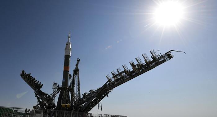 """搭乘俄罗斯""""联盟""""号飞船绕月旅行票价约为1.5至1.8亿美元"""
