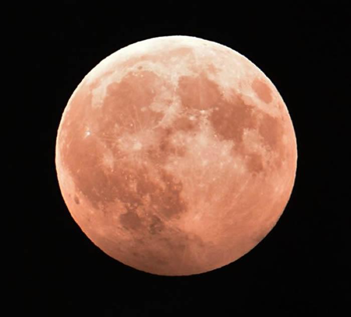 中俄商定联合探测月球和深空