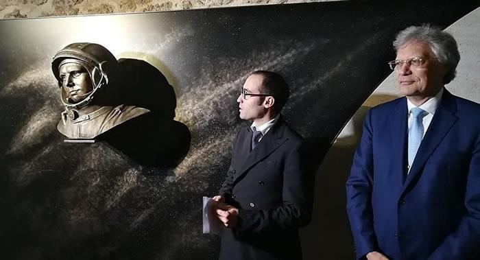 世界第一位宇航员尤里·加加林纪念碑在世界最古老共和国——圣马力诺落成