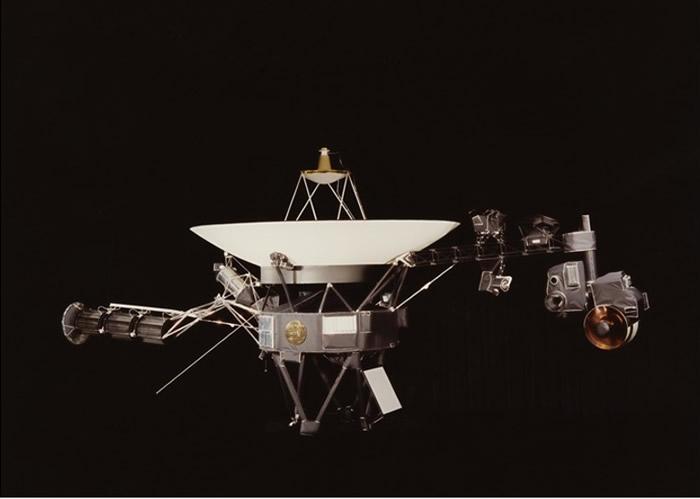 旅行者2号探测到宇宙射线突然増加。