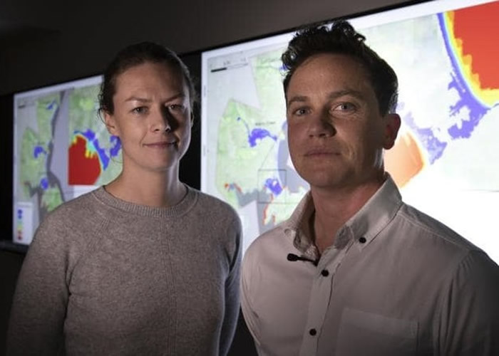 鲍尔(左)及威尔逊(右)有份参与研究。