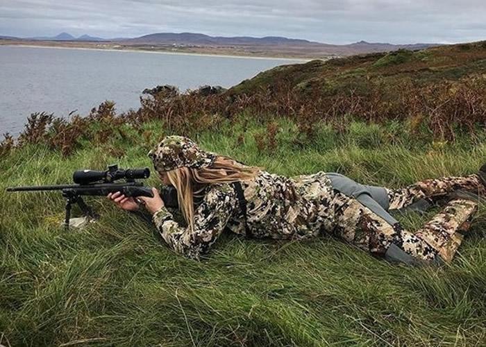 斯威特利科不时贴出打猎照片。
