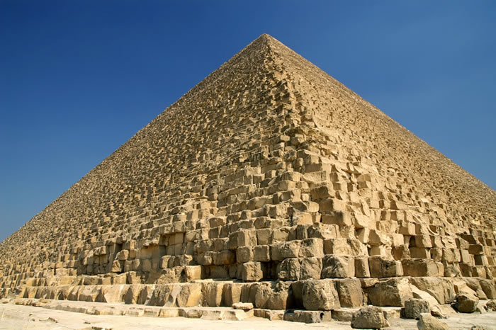 埃及发现有4500年历史的斜坡 古埃及人借此移动巨大石块来建造金字塔