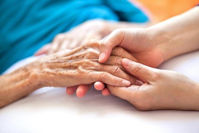 接受治疗的病人并无出现相关副作用。