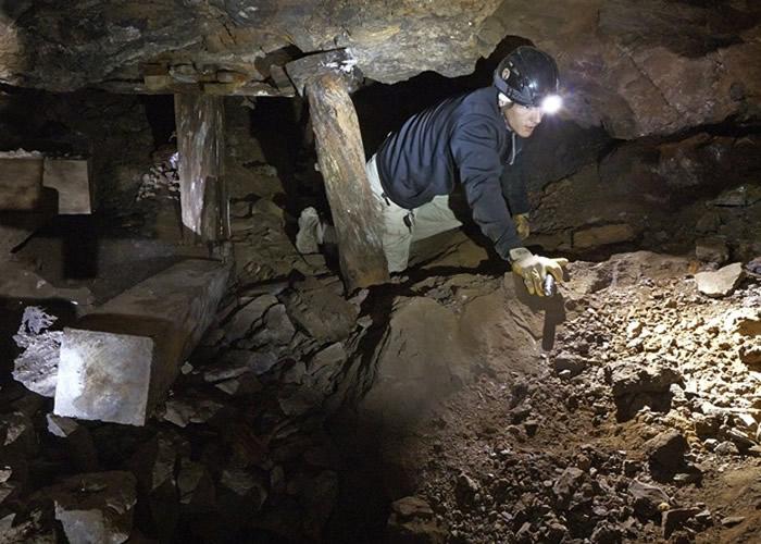 探索矿坑风险甚高。
