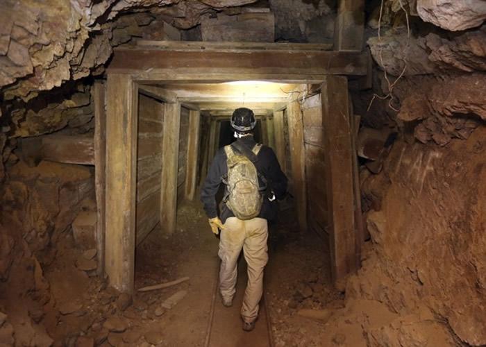 麦克李对矿坑探险有丰富经验。