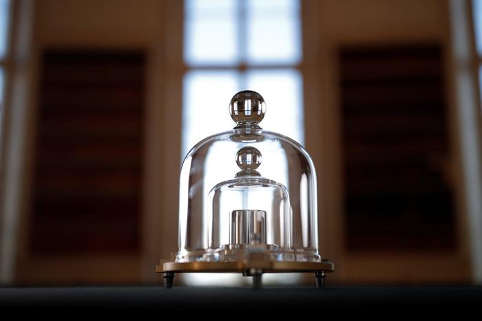 国际度量衡局将投票决定对公斤重定新的标准