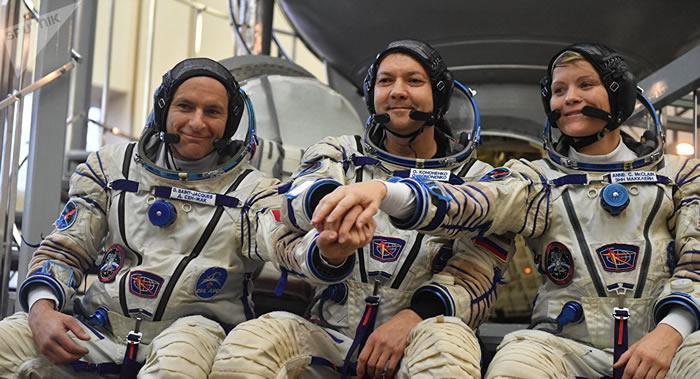 """外国宇航员认为俄罗斯""""联盟""""载人宇宙飞船非常可靠"""