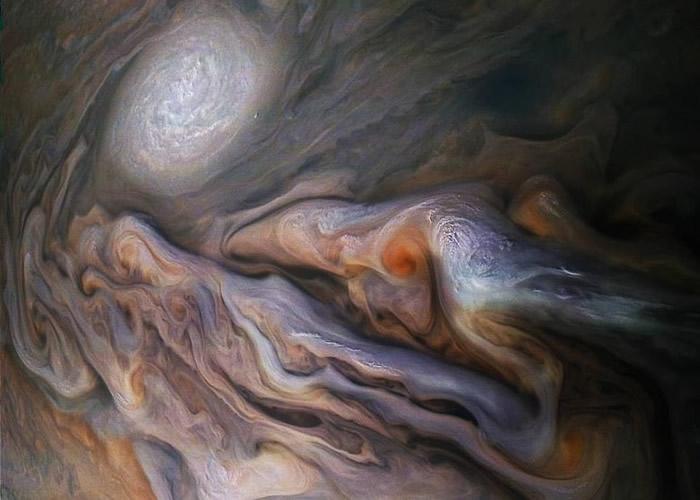 朱诺号在木星北北温带拍下油画般的风暴气象图。