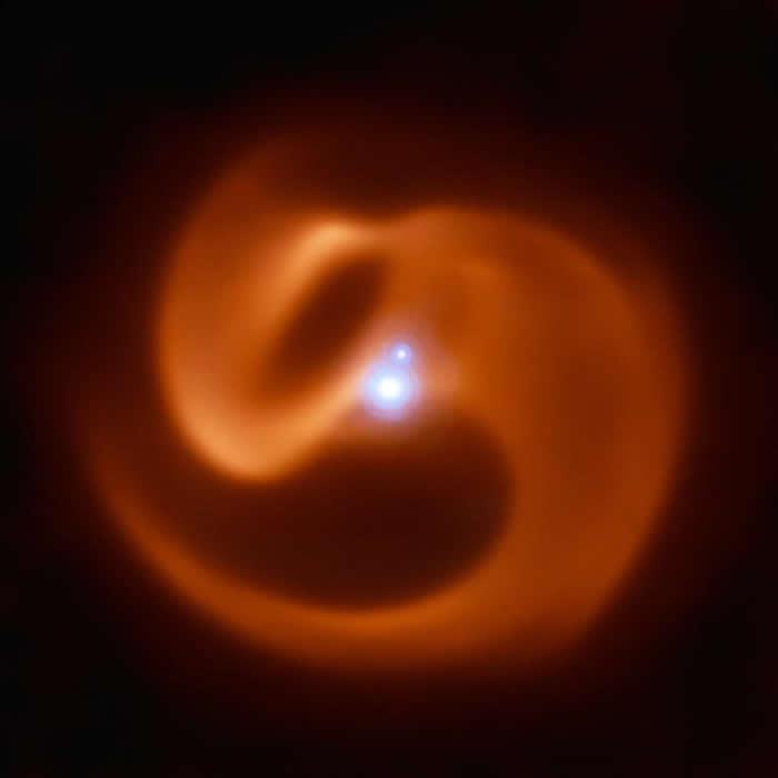 矩尺座中发现双星系统 其中一颗即将出现超新星爆发