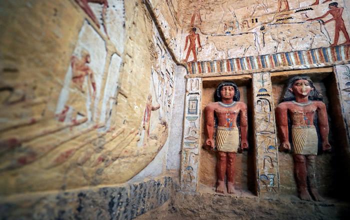 埃及开罗以西的萨卡拉挖到4400年前王室祭司古