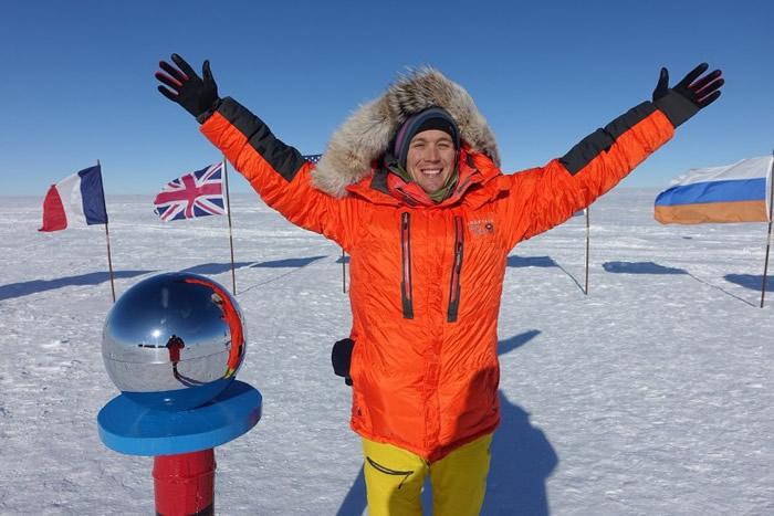 奥布雷迪抵达南极点留影。