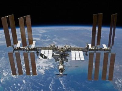国际太空站成员将用烤火鸡、芝士捞面和士多啤梨庆祝圣诞节