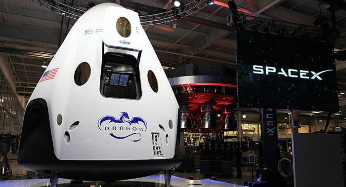 """SpaceX""""龙-2""""新型飞船将于2月初以无人模式发射升空前往国际空间站"""