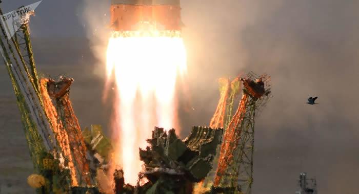 """英国OneWeb公司通讯卫星将搭载俄罗斯""""联盟""""号运载火箭从拜科努尔发射场发射"""