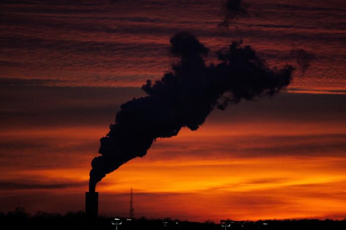《新英格兰医学杂志》:气候变迁可能阻止及逆转人类上个世纪在健康方面取得的进展