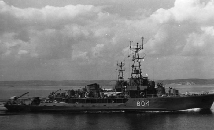 中国参战船舰之一的6605型扫雷艇