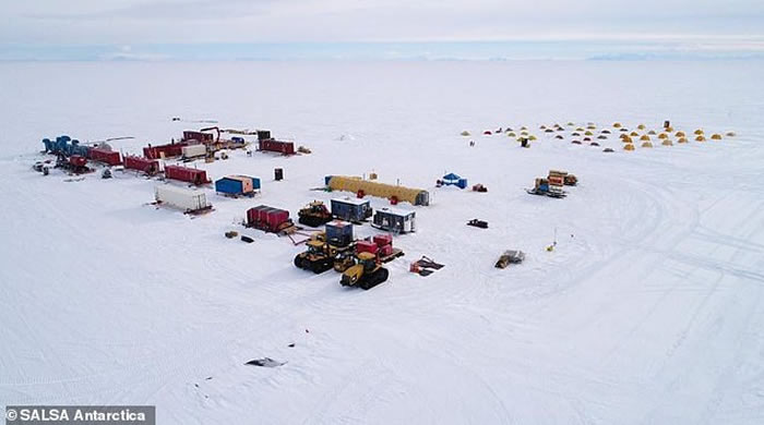"""""""南极冰下湖科学通道""""(SALSA)探险:在隔绝数千年的南极冰下湖发现生物遗骸"""