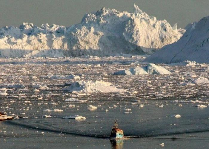 格陵兰岛融冰速度10年激增4倍 危及全球多个沿海地区