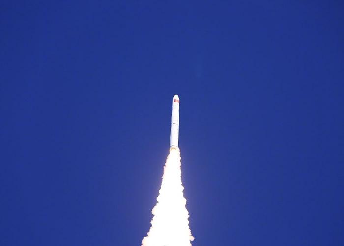 长征11号遥六火箭于酒泉卫星发射中心成功发射。