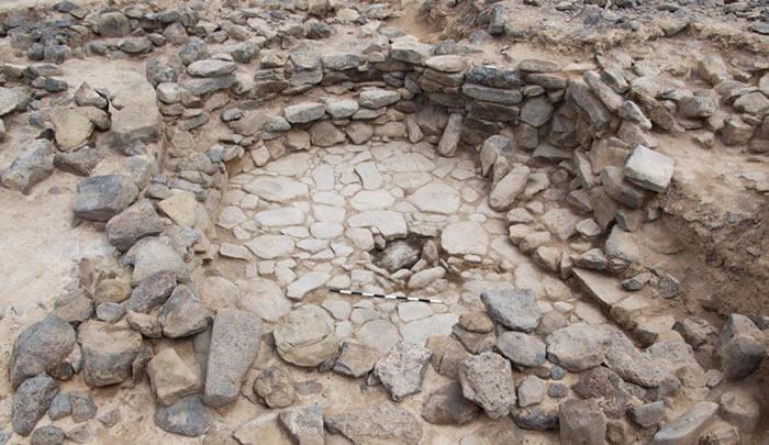 约旦新石器时代遗址Shubayqa 6遗址发现11500年前狗已在帮助人类狩猎的证据