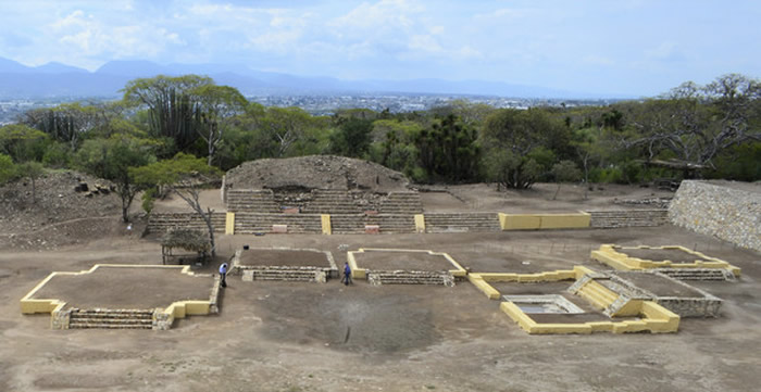 """阿兹特克文明传说神祇""""剥皮之主""""希佩托特克神庙遗迹找到了"""