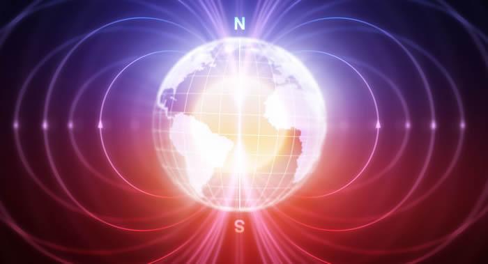 北极磁极正在以一年55公里的速度从加拿大北极群岛向俄罗斯西伯利亚位移