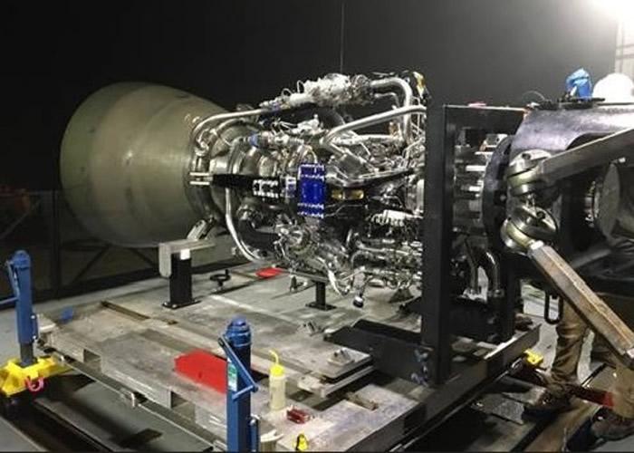 马斯克在社交网站谈及对于猛禽火箭引擎的新细节。
